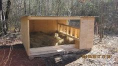 Farrowing hut