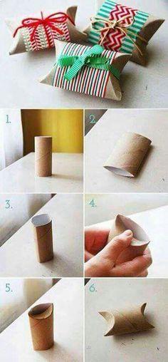 Con tubos de papel higiénico