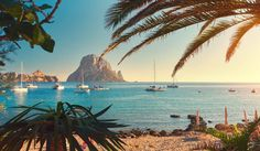 Ibiza is not only about white nights! Here are our top activities and things to do in Ibiza by day. Menorca, Holiday Destinations, Travel Destinations, Travel Tips, Travel Uk, Vacation Travel, Solo Travel, Ibiza Strand, East Midlands Airport
