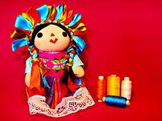 México es reconocido a nivel mundial por sus textiles. #CaelumEnTodaOcasión Descubre más en https://www.facebook.com/caelummexico  #nuevosmodelos #2017 #bordadosartesanales #otoñoinvierno2017 #caelummexico #mexicocontigo #moda #hechoenmexico #orgullomexicano #mexicoenlapiel #follow4follow #f4f #followforfollow #tiendaonline #comerciojusto #mexicolors #artesanal #mexico #mexicoestademoda #modamexicana #consumelocal #queretaro #modaartesanal #puntodecruz