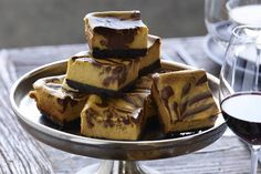 Grab the recipe for this Chocolate Pumpkin Cheesecake that is an easy make ahead dessert that fits perfectly on the dessert bar! Pumpkin Cheesecake Bars, Whats Gaby Cooking, Good Bakery, Make Ahead Desserts, Homemade Fudge, Recipe For 4, Dessert Bars, Quick Easy Meals, Sweet Treats