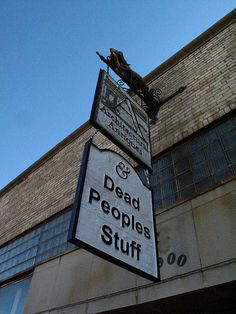 Architectural Antiques & Dead Peoples' Stuff in OKC. This place is absolutely amazing! Architectural Antiques, Store Signs, Funny Signs, Funny Memes, Antique Stores, Oklahoma City, Picture Photo, Signage, Places To Visit