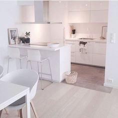 #myhome #mitthjem #haydesign #designletters #ikea #kjøkken #kitchen #diningarea #interiordesign #interiorinspo #interior #interior123 #interior4all #interiorforyou #interiorforinspo #rom123 #skandinaviskehjem #nordiskehjem #bobedre #bobedredk #interiør #interiør123
