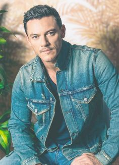"""Luke Evans photographes by Caitlin Cronenberg at TIFF 2017. """