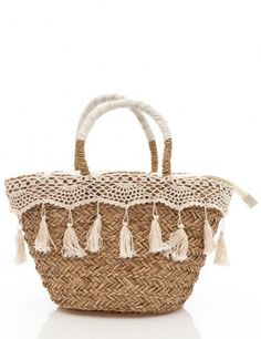 Crochet and tassels straw bag by T Ethnic Bag, Diy Tote Bag, Straw Tote, Craft Bags, Basket Bag, Summer Bags, Bag Making, Purses And Bags, Boho