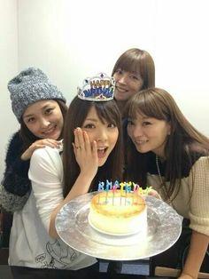 Back: Rika Ishikawa, Hitomi Yoshizawa Front: Ogawa Makoto, Kei Yasuda