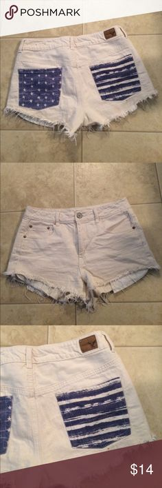 """$10 aeo hi-rise festival shortie euc Euc! Hardly worn at all. ✔The price in the beginning of the title of my listings is the bundle price. These prices are valid through the """"make an offer"""" feature after you create a bundle. These bundle orders must be over $15. Ask me about more details if interested.  ❌No trades ❌No holds Shorts Jean Shorts"""