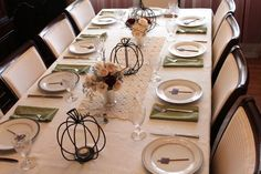 Simple pretty table setting