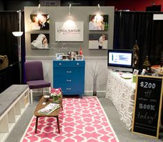 how to sell your product (photography) at a bridal show - some really great ideas here