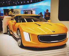 Kia Stinger Concept Coupe ...