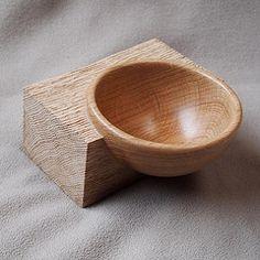 0144 a (Roy & Hilde) Tags: wood oak bowl selfmade hout eik woodturning schaal woodturner zelfgemaakt 2011 houtdraaien houtdraaier houtdraaiwerk madebyroymerchier