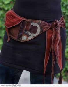 Copy Paste Earn Money - Bronze Circles Pocket Belt Utility belt Festival par Sandalamoon - You're copy pasting anyway.Get paid for it. Renaissance Festival Costumes, Estilo Hippie, Hip Bag, Mode Style, Refashion, Diy Clothes, Sewing Clothes, Burlesque, Ideias Fashion