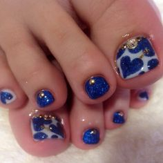 While preparing your best summer dress you should also try out fun and amazing nail art! Cute Toe Nails, Sexy Nails, Fancy Nails, Love Nails, Pretty Nails, Toenail Art Designs, Pedicure Designs, Manicure E Pedicure, Pedicures