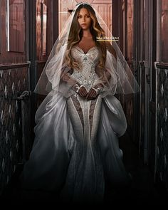Lady Gaga Wedding Dress Luxury Pin by Angela Wilson On Beyoncé In 2019 Lady Gaga Wedding, Bridal Dresses, Wedding Gowns, Gold Wedding, Dream Wedding, Prom Dresses, Dress Form Christmas Tree, Beyonce Beyhive, Beyonce Coachella