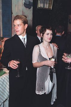 24 Famous Couples Time Forgot (But We Never Will) Winona Ryder & Matt Damon Hollywood Couples, Celebrity Couples, Winona Ryder 90s, Winona Forever, Gary Oldman, Matt Damon, Famous Couples, Cinema, Sylvester Stallone