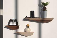 Adapted to a Nomadic Lifestyle: Peliships Floating Shelves