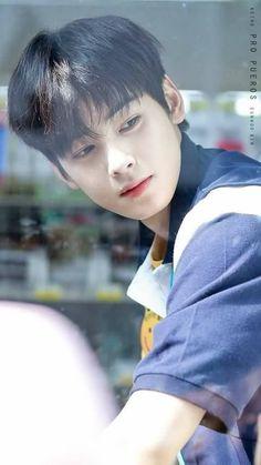 I swear. Beautiful Boys, Pretty Boys, Cute Boys, Korean Celebrities, Korean Actors, Celebs, Kpop, Kim Myungjun, Cha Eunwoo Astro