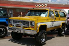 1974 Chevrolet Suburban Cheyenne-super 20 Series Powered By A 454