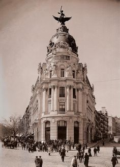 the penthouse of the Unión y el Fénix in madrid, building inaugurated in 1910