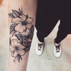 Tattoo Ideas, Tattoo for Guys, Geometric Tattoo, Thigh Tattoo, Tatto . Forarm Tattoos, Dope Tattoos, Pretty Tattoos, Beautiful Tattoos, Body Art Tattoos, Girl Tattoos, Tattoos For Guys, Sleeve Tattoos, Tattoos For Women