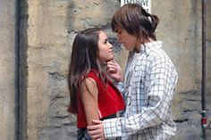 Lali Espósito y Peter Lanzani #laliter Rachel Berry, Makeup Challenges, Mandalay, Series Movies, Cute Wallpapers, Teen, Singer, Film, Couple Photos