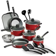 18 Piece Nonstick Pots & Pans Cookware Set Kitchen Kitchenware Cooking You get all the cooking essentials in just one package with this 18 piece nonstick cookware set. The pots and pans feature… Kitchen Cookware Sets, Kitchen Sets, Kitchen Dining, Red Kitchen, Kitchen Tools, Kitchen Utensils, Kitchen Modern, Cooking Utensils, Kitchen Layout