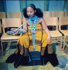 African Beauty, African Fashion, Xhosa Attire, Traditional Outfits, Art Inspo, Cover Up, Sari, Queen, Couture