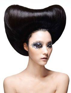avant-garde #hair #updo #makeup El día que aprenda a hacer esto, seré feliz #hair #couture #avant_garde