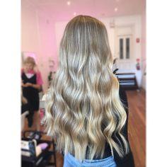 L I V E D I N B L O N D E🖤 Long Hair Styles, Beauty, Cosmetology, Long Hairstyles, Long Hair Cuts, Long Hairstyle, Long Haircuts
