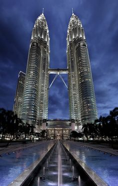 Petronas Towers in Kuala Lumpur, Malaysia. #tower #travel #malasya