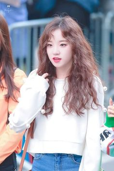 Kpop Girl Groups, Korean Girl Groups, Kpop Girls, Extended Play, Soyeon, Korean Beauty, Asian Beauty, Ulzzang Girl, Me As A Girlfriend