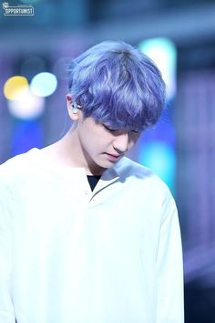 Byun Baekhyun: He is so adorable Baekhyun, Chanyeol Cute, Park Chanyeol Exo, Kpop Exo, Exo K, The Blue Boy, Kdrama, Rapper, Exo Ot12