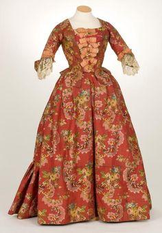 Jacket and petticoat, 2nd half 18th century  From IMATEX    Tumblr