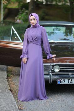 Muslim Fashion, Modest Fashion, Hijab Fashion, Fashion Dresses, Dress Muslim Modern, Satin Dresses, Gowns, Hand Embroidery Patterns Flowers, Abaya Designs