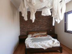 Yatak odanızda taş duvar...