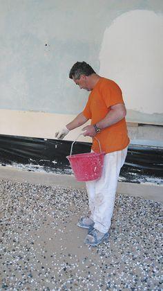 """Nardo Giovanni Srl Terrazzi alla veneziana - Terrazzo alla Veneziana: semina - Venetian """"terrazzo"""" floor: sowing"""