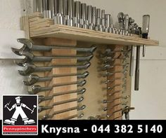 Do you always have to search high and low for your tools? Create this stunning rack where you can keep all your tools. #Lifehack #PennypinchersKnysna