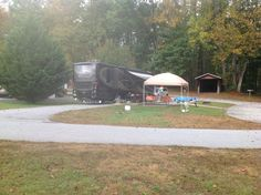 This is what I want to be when I grow up.  Maybe one day.  Our friends Don and Cheryl's Motorhome.  At Bald Mountain.