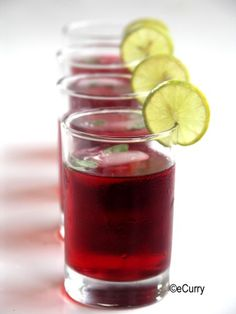 Flor de Jamaica Beverage Recipe - RecipeChart.com #Drinks #Rum