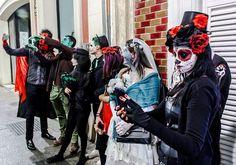 Halloween se acerca y junto a esta festividad como otros años se celebrará La Noche en Negro de Almería con múltiples actividades de ocio con las que tomar las calles en una noche llena de magia.  #almeriatrending #almeria #halloween