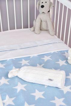 Baby blanket Little star blue by Jollein Little Star, Toddler Bed, Kids Rugs, Blanket, Villa, Furniture, Nursery Ideas, Home Decor, Blue