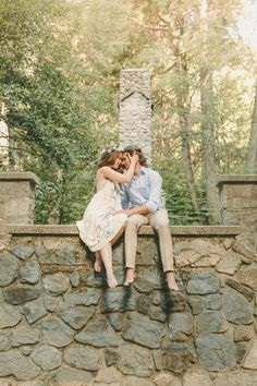 Check out these beautiful engagement photos and get inspired!
