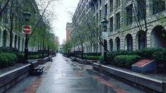 7 mentions J'aime, 1 commentaires – Matthieu Ruiz (@matthieu.rz) sur Instagram : «#picture #light #street #evening #old #city #night #montreal #quebec #trip»