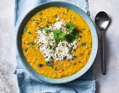 Somewhere between satisfying soup and spicy veggie curry, this lentil dhal with carrot and creamy coconut milk is a comforting bowl of Indian deliciousness. Curry Recipes, Soup Recipes, Snack Recipes, Recipies, Snacks, Slimming World Curry, Slimming World Recipes, Dhal, Indian Food Recipes