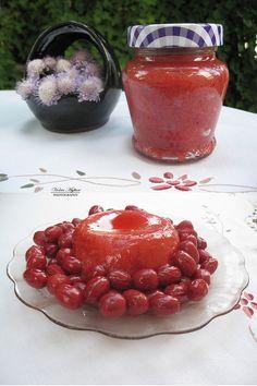 Cornel cherry jam - Reçel me thana Albanian Cuisine, Albanian Food, Albanian Recipes, Chutneys, Preserves, Pickles, Jelly, Cherry, Traditional