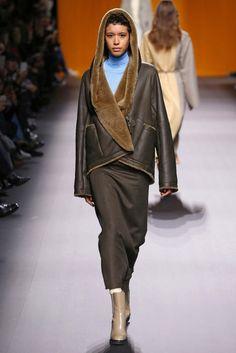 Hermès, A-H 16/17 - L'officiel de la mode