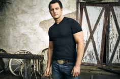 Easton Corbin to Release 'Are You With Me' to Country Radio