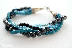 Make a bracelet with twisted bead strands