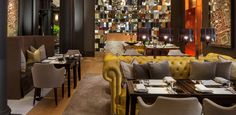 Rosewood London is an exclusive hotel in Holborn, the heart of London. Rosewood London hotel has luxurious rooms & suites, a spa, gym, hip bar & 2 restaurants. Rosewood London, Rosewood Hotel, Luxury Restaurant, Restaurant Design, Covent Garden, Moet Imperial, Best Interior, Interior Design, Mirror Room