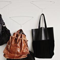 4 Τρόποι Να Χρησιμοποιήσεις Τις Συρμάτινες Κρεμάστρες Στο Σπίτι / Alternative Ways To Use Hangers